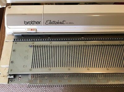 Brother KH950i Knitting Machine With Lots Of Extras