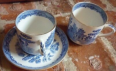 Gibson & Sons Willow Blue And White 2 Cups, 1 Saucer