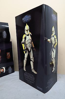 RARE Star Wars Sideshow AOTC phase 1 Clone Commander  1/6 Scale Figure