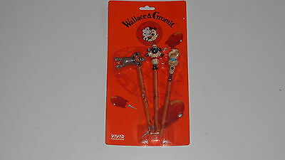 Wallace and Gromit Preston Shaun the sheep 3 pencil toppers and pencils on card
