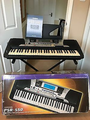 yamaha portatone psr 550 electric keyboard and stand. Black Bedroom Furniture Sets. Home Design Ideas