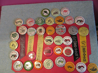 Lot 35 farm thresher buttons pin exhibitor tractor Steam gas toy show John Deere