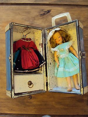 Vintage 1950's Ideal Shirley Temple Doll with Outfits/Trunk