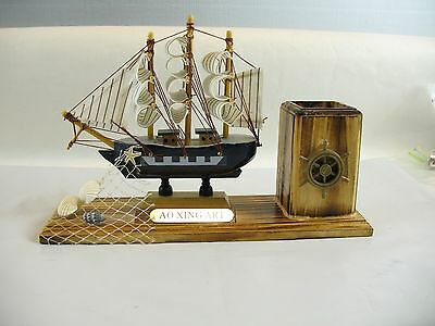 Boat with pencil holder Ao xing art
