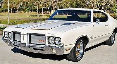1972 Oldsmobile 442 Numbers Matching Window Sticker Buckets Console 1972 Oldsmobile 442 Numbers Matching Power Steering Buckets Center Console Sweet