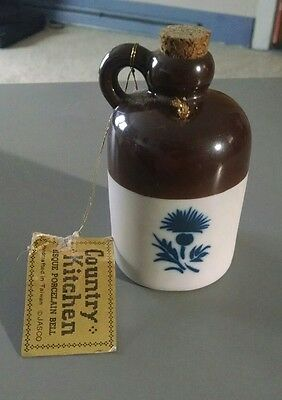 Country Kitchen Crock Bell