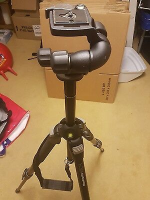 Manfrotto 055BPRO tripod WITH Manfrotto 460MG Head INCLUDING Quick Release Plate