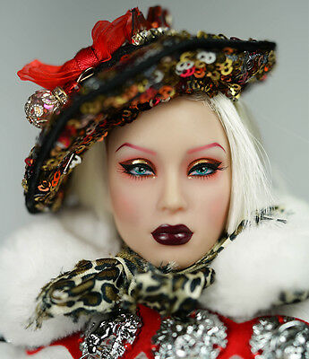 NRFB Noble Sybarite Doll Superdoll Special Edition Holiday