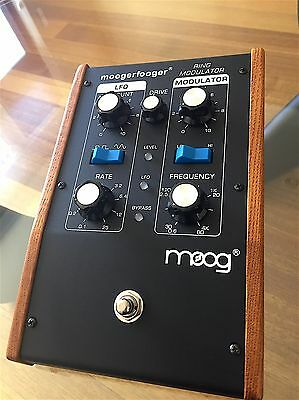 Moogerfooger Ring Modulator Synth