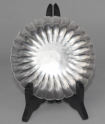 102g - Japanese 970 Sterling Silver Fluted/Petal Shaped Dish 14cm