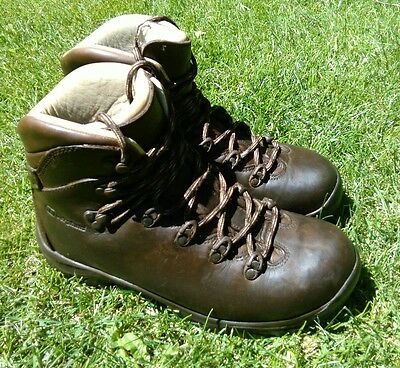 Berghaus hiking boots brown size 6