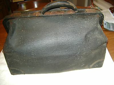 Old Vintage / Antique  Doctor Leather Medical Bag