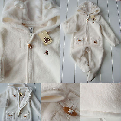 NWT Baby Gap boy girl 6 12 M  ivory one piece hooded footie 1/2 zip outerwear