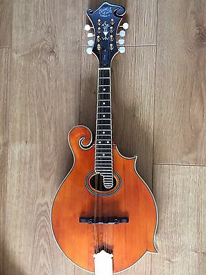 Barnes and Mullins F-style Piercy Mandolin and Hard Case