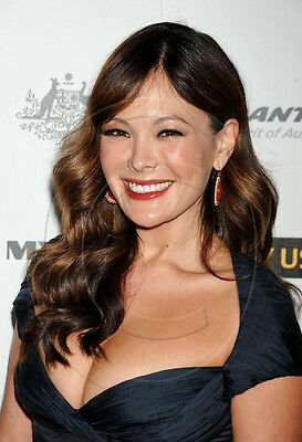 Lindsay Price   busty   8x10 photo   nice cleavage
