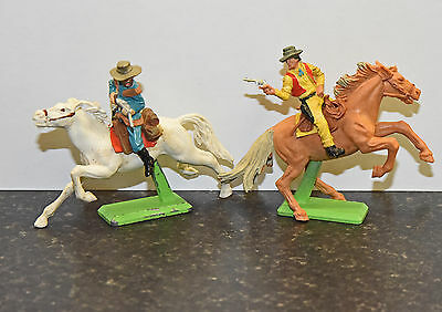 Britains Deetail Wild West cowboys and red indian toy soldiers