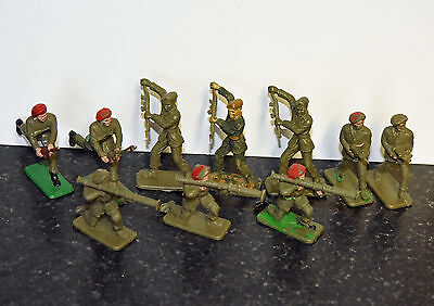 Crescent Red Beret Toy Soldiers x 10