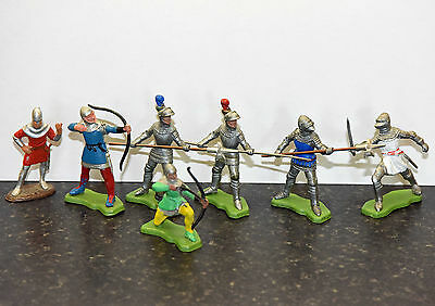Britains early old knights and archers toy soldiers x7