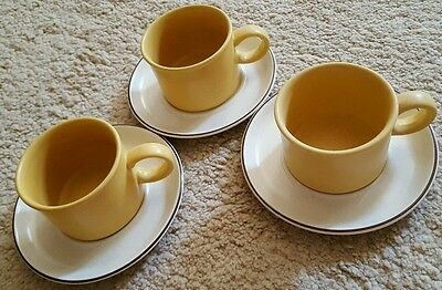 Vintage Stonehenge Midwinter Flowersong 3 cups and saucers *fab condition*