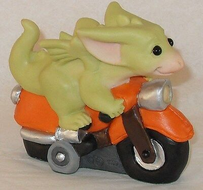 Collectible World Studio Pocket Dragon * SCOOTER + FREE GIFT * MINT