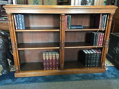 Victorian Oak Bookcase with Carved Coloumns C1860