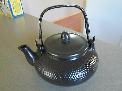 Designpac Gifts Black Ceramic Tea Pot NEW !