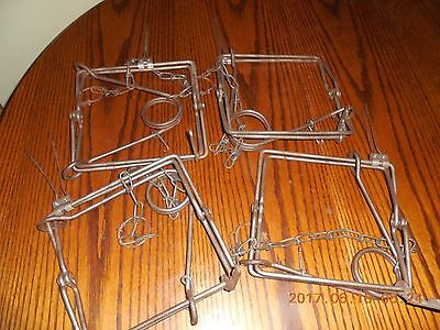 Lot of 4 Vintage Victor 220 Connibear Animal Traps