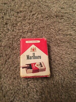 Vintage Marlboro  Retro Tin Pocket Ashtray