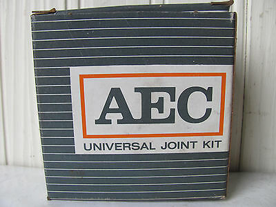 AEC 675 Universal Joint - U-Joint Kit