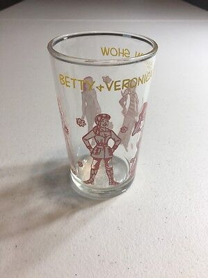 """Archie Welch's Jelly Glass 1971 """"Betty And Veronica Fashion Show"""""""