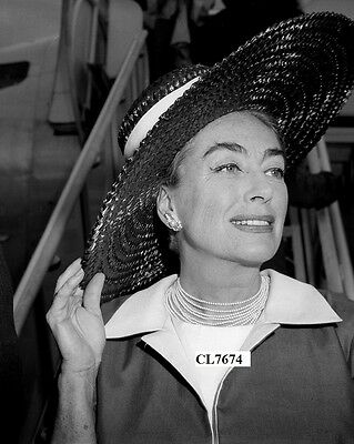 Joan Crawford Arrive at the Airport in Madrid, Spain Photo