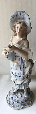 Sitzendorf Figurine Lady With A Mandolin