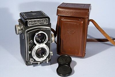 Rolleicord Va TLR Camera Carl Zeiss Xenar 75mm f/3.5 Lens *