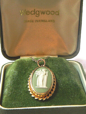 Wedgwood Green Gold Plated Pendant Necklace Jasper Cameo Terpishore England