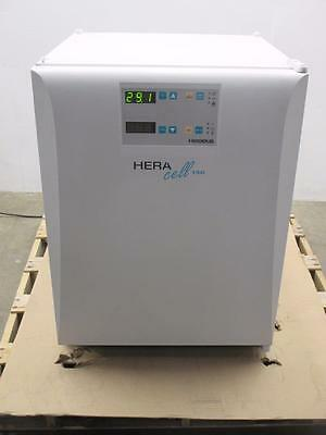Kendro Laboratory HERAcell 150 CO2 Incubator Oven HERAcell 150