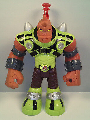 """2007 Talking Light-Up Slash the Red Giant 9"""" Planet Heroes Action Figure"""