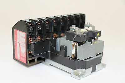 SQUARE D 8903 L01000 600V 20A 120VAC COIL 8P Series C Lighting Contactor
