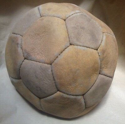 Vtge&Old  Real LEATHER SOCCER BALL 32 Panels N°5 Used!!!
