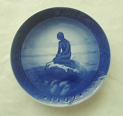 Royal Copenhagen 1962 The Little Mermaid at Wintertime Christmas plate