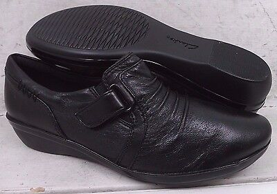 Clarks Womens Everlay Coda Black Leather Slip On Loafers Shoes 11992 size 6 W