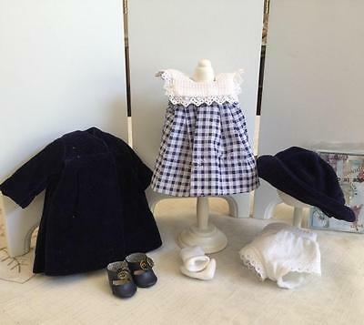 Cute Travel Outfit for Modern Ginny Mint and Complete