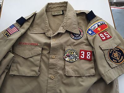 BSA Boy Scouts of America Adult MEDIUM scouting uniform shirt Patches Den Leader