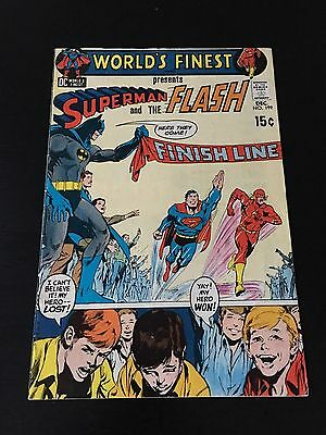 WORLD'S FINEST COMICS #199 1970 SUPERMAN VS. FLASH VERY Nice OFF WHITE PAGES