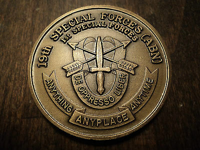 US ARMY SPECIAL FORCES GROUP VIETNAM WAR ERA CHALLENGE COIN (Lot 7)