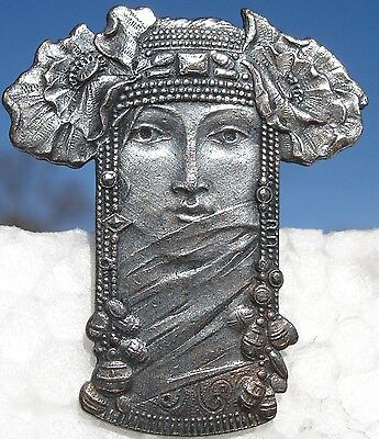 "1940S French Metal ""princess-Goddess~Headdress"" Realistic Vintage Picture Button"