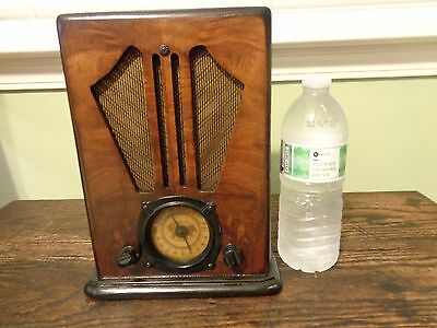"Super small 10"" tombstone radio beautiful cabinet! Unknown model."