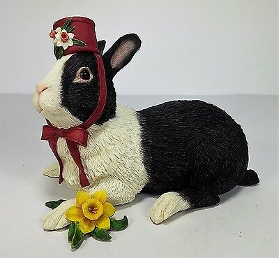 "Country Artists Bunny with Daffodil 05058 Rabbit Figurine 6"" x 4"" x 5"" tall"