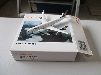 Herpa Wings 516549 Lufthansa A340-300  Version 2