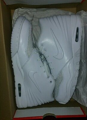 Nike Air Entertainer Basketball Shoes Size 11.5 New in Box White