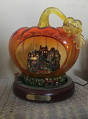 Thomas Kinkade Glass Pumpkin With Lit Village, Moving Wagons REFLECTIONS HARVEST